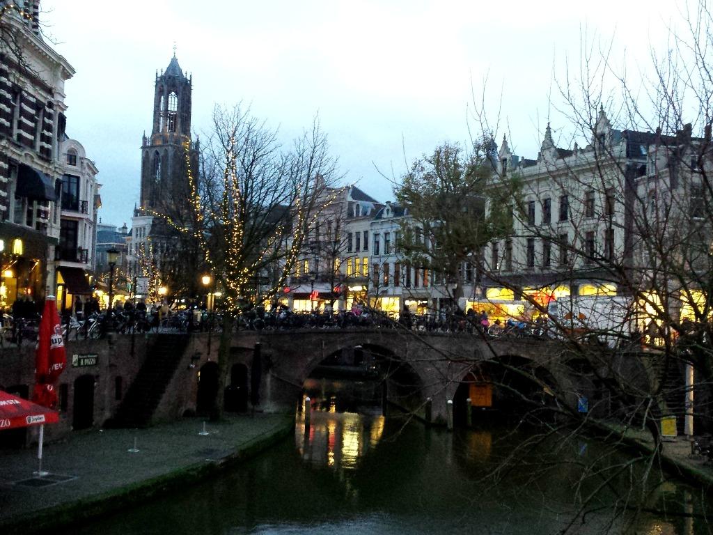 Utrecht Oude Gracht met Kerst
