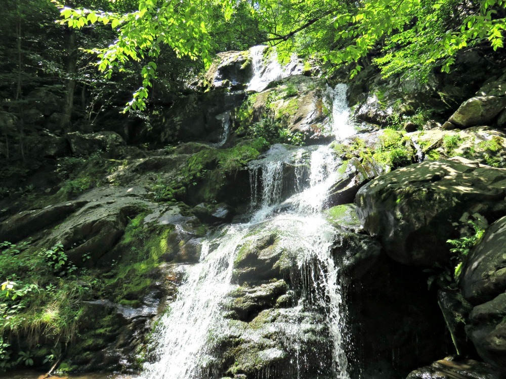 photo waterval shenandoah.jpg