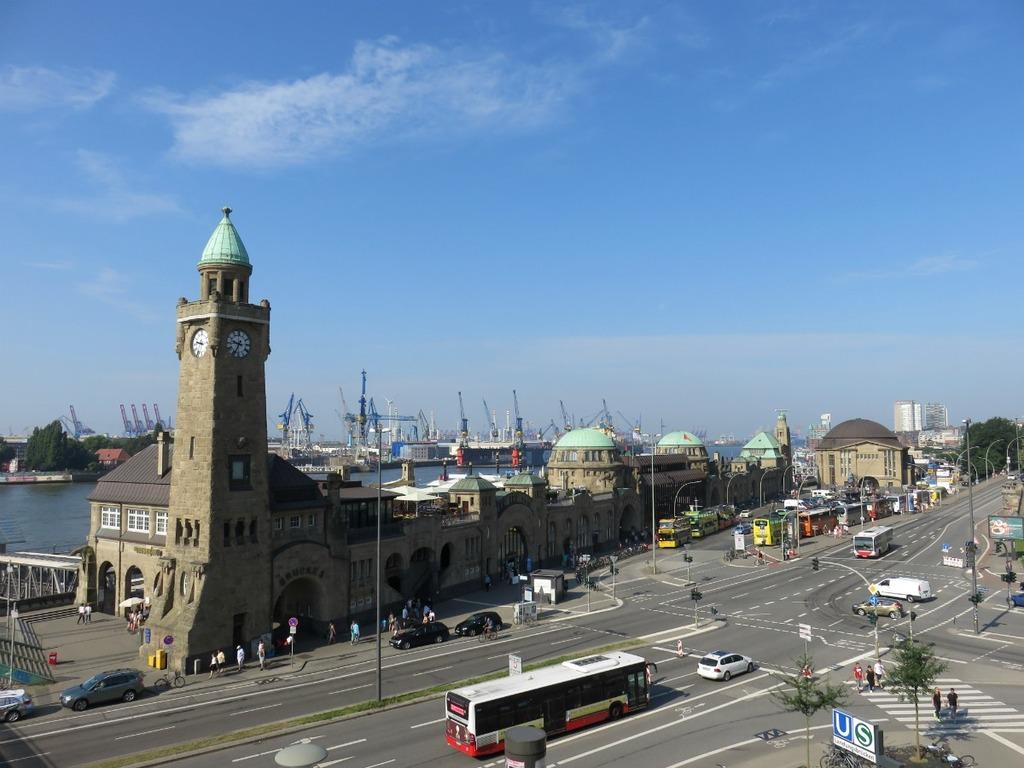 Wat te doen in Hamburg? Landunsbrucken